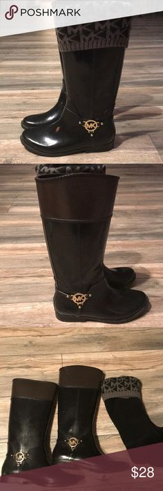 Michael Kors Riding/Rain Boots Black and brown rubber rain/ riding boots. Come with MK fleece inserts. Michael Kors Shoes Winter & Rain Boots
