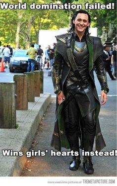 VH-funny-Loki-Tom-Hiddleston-costume.jpg 630×999 pixels