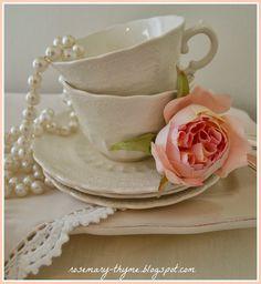 http://rosemary-thyme.blogspot.com/2014/03/serene-beauty.html