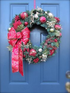 Red Gold Christmas Wreath Christmas Door by WreathsByRebeccaB