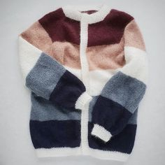 #sorbetcardigan Sorbet, Color Balance, Hygge, Knit Crochet, Sewing Projects, Cute Outfits, Wool, Knitting, My Style