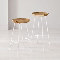 Crafted of FSC®-certified teak wood and handwoven rope, this bar stool takes a classic design outdoors. Leather Counter Stools, Kitchen Counter Stools, Wood Bar Stools, Bar Counter, White Counter Stools, Wood Counter, West Elm Bar Stools, Backless Counter Stools, Kitchen Chairs