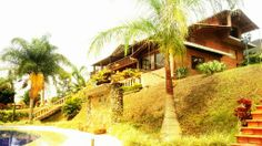 House Country Roads, Cabin, House Styles, Home, Decor, Colombia, Decoration, Cabins, Ad Home