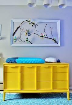 Babyzimmer Einrichtung Deko Ideen Vögel-grüner Wickelkommode