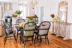 A Charismatic & Colorful Beach Cottage - Cottage style decorating, renovating and entertaining Ideas for indoors and out