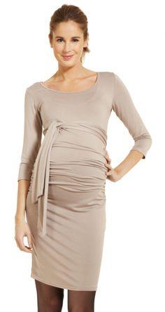Robe de grossesse Blondie taupe: élégance et simplicité, tout ce que j'aime. Everything I love in a dress, ie, elegance and simplicity.
