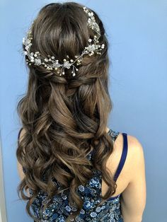 Bridal Hairstyles for Perfect Big Day; Braid styles for long or medium length hair; Easy hairstyles for women. for medium length hair Bridal Hairstyles for Perfect Big Day Down Hairstyles For Long Hair, Short Hair Updo, Cute Hairstyles, Braided Hairstyles, Wedding Hairstyles, Brown Hairstyles, Hairstyles For Women, Fashion Hairstyles, Hairstyles Pictures