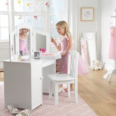 KidKraft Deluxe Dressing Table Set with Mirror
