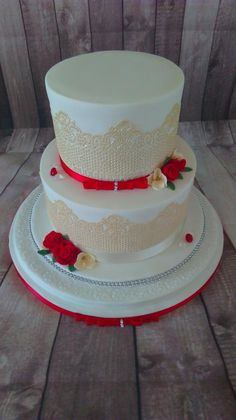 Wedding Cake Red, Small Rose, Occasion Cakes, Cupcake Cakes, Cupcakes, Marzipan, Creative Cakes, Beautiful Cakes, Simple Designs