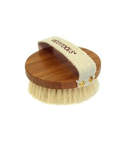 Dry Body Brush: Enjoy an at-home spa treatment with cruelty-free synthetic bristles, for beauty you can feel good about!Inspired by spa dry brushing treatments, use to exfoliate and detoxify, improving appearance and leaving skin soft, smooth and glowing.Use the dry brush to gently brush using long, upward strokes. Start with your legs, then mid-section, then arms, always brushing in an upward motion.