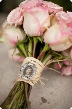Good Evening ladies, thank you for all your Prairie Life pins. Tonight and Wednesday, lets pin ANA ROSA ROSES. Love Rose, My Flower, Pretty Flowers, Pretty In Pink, Pink Flowers, Couleur Rose Pastel, Wedding Bouquets, Wedding Flowers, Coming Up Roses