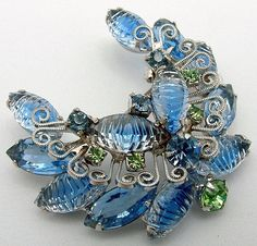 Vintage Juliana Brooch Ribbed ART GLASS And by ALLUWANTISHERETODAY, $65.00