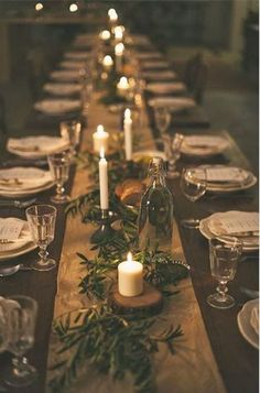Christmas table centerpieces - Holiday Pinspiration Throw The Ultimate Christmas Soiree – Christmas table centerpieces Noel Christmas, Rustic Christmas, Christmas Crafts, Elegant Christmas, Simple Christmas, Natural Christmas Tree, Christmas Ideas, Christmas Tree Branches, Real Christmas Tree