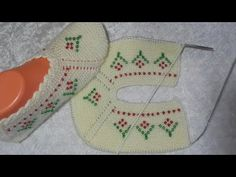 Tunisian Crochet, Baby Patterns, Crochet Baby, Christmas Stockings, Diy And Crafts, Make It Yourself, Knitting, Holiday Decor, Youtube