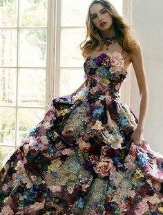 Yumi Katsura Pretty Outfits, Beautiful Outfits, Plus Size Gowns, Royal Dresses, Special Dresses, Quinceanera Dresses, Dream Dress, Dress Brands, Editorial Fashion