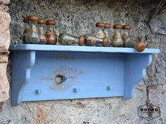 Shabby chic Handpainted wooden wall hanger-shelf in by WOORDshop