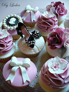 High heels, a cameo, bows and flowers!