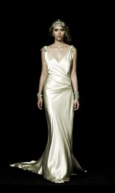very Gatsby-esque>>>Johanna Johnson's Exquisite 'Still Is The Night, Not So My Heart' Bridal Collection