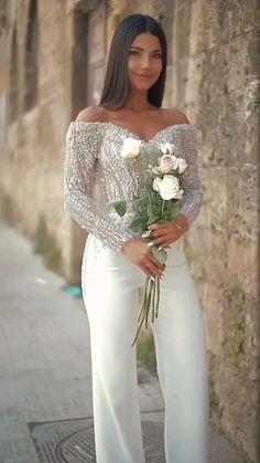 Feminine Style, Feminine Fashion, Instagram Status, Bridesmaid Dresses, Wedding Dresses, Formal Dresses, Beauty, Beautiful, Girls