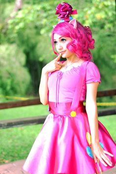 Pinkie Pie from My Little Pony: Friendship is Magic - Anime Characters Epic fails and comic Marvel Univerce Characters image ideas tips Cosplay Outfits, Cosplay Girls, Cosplay Costumes, Amazing Cosplay, Best Cosplay, Cool Costumes, Halloween Costumes, Costume Ideas, Pinkie Pie Cosplay