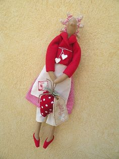 strawberry red Tilda doll by countrykitty, via Flickr