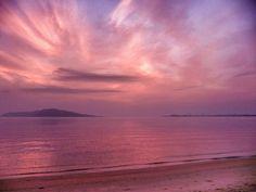 ( Morning Now at Hakata bay in Japan ) 15 Jun. 5:08 朝焼け(sunrise glow)の博多湾です。