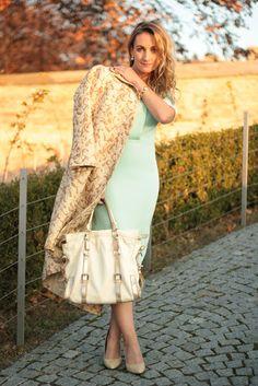 coat - Zara / dress - H / shoes - Mango / bag - Kesslord / watch - Burberry / earrings - Koni Design Vienna / rings - Swarovski, engagment ring Fashion Clothes Online, Fashion Dresses, Asos Fashion, Womens Fashion, Fashion Trends, Mango Bags, Zara Dresses, Looking For Women, Baroque