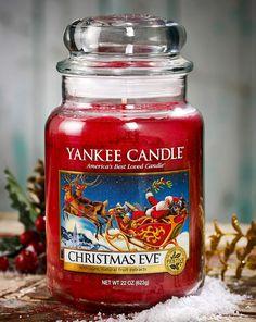 christmas eve yankee candle Note di testa:arancio, mandorla, calce e limone. Note di cuore : bacca rossa, cannella e noce moscata. Note di fondo : viola, ambra, pralina cremoso e vaniglia.