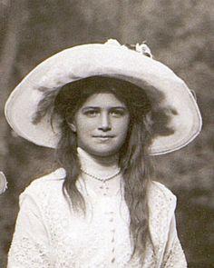 Grand Duchess Maria Nikolaevna.