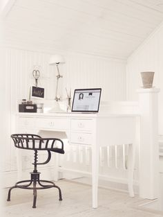 Restful white   Aspell Home, March 2014 [Original post in Swedish]