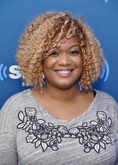 "Sunny Anderson - Co-Host of ""Top 5 Restaurants"" & ""The Kitchen"", Judge on ""Beat Bobby Flay"" & Host of ""Cooking For Real"" on the Food Network & the Cooking Channel & Chef on the Rachael Ray Show. New York Times Best Seller ""Sunny's Kitchen: Easy Food for Real Life"" IN STORES NOW! Dream BIG & do the work! Brooooooooooklyn, NY! (and LA)   www.SunnyAnderson.com"