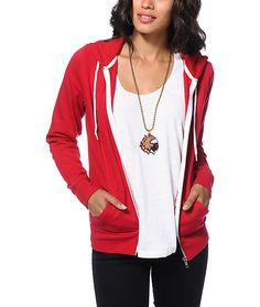 This hoodie is tailored wit ha slim and flattering fit in a bold red colorway, and features a soft fleece lining for improved comfort and warmth.