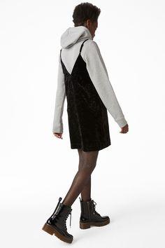 Monki Image 3 of V neck velvet slip dress in Black