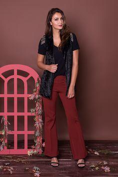 #debrummodas #coleção #calça #flare #blusa #colete #veludo #molhado #modafeminina #moda #fashion #style #estilo
