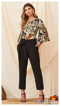 Girls Fashion Clothes, Girl Fashion, Fashion Dresses, Womens Fashion, Moda Fashion, Blouse Styles, Blouse Designs, Denim Jacket With Dress, Fancy Tops