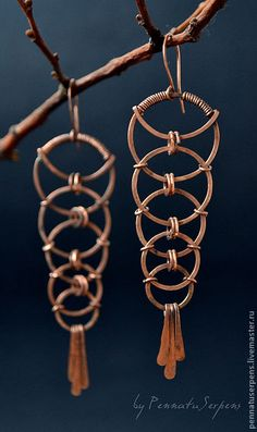 russian wirework earrings                                                                                                                                                                                 Más