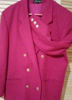 Kup mój przedmiot na #vintedpl http://www.vinted.pl/damska-odziez/marynarki-zakiety-blezery/11053283-marynarka-z-welny-i-kaszmiru-firma-clementine-wloska