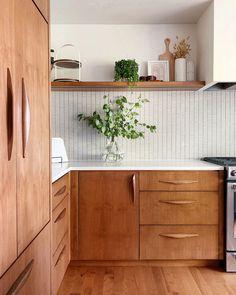 Interior Design Minimalist, Modern Kitchen Design, Modern Interior Design, Modern Interiors, Midcentury Modern Interior, Modern Kitchen Renovation, Wood Interiors, Diy Kitchen, Kitchen Interior