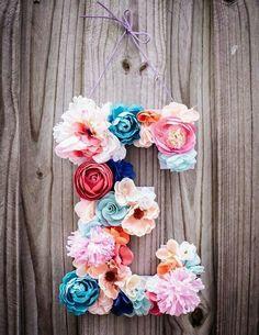 Mi inicial......lindisima combinación de flores.