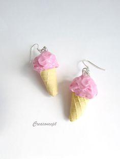 Ice cream earringsPolymer clay - boucles d 'oreilles en porcelaine froide cornet de glace à la fraise http://www.alittlemarket.com/boutique/creaconcept-899765.html