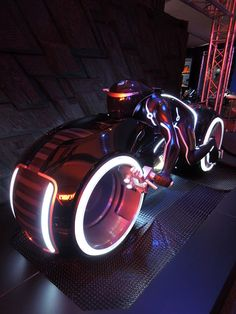 Cool costumes and bikes from Tron Legacy on display...