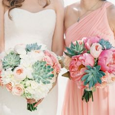 Love succulents? Get inspired with 35 wedding succulents including bouquets by Intrigue Designs (photo: Vicki Grafton)