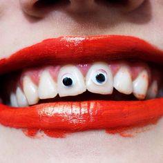 eyes on teeth