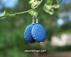 """Boucles d'oreille """"lune Bleue"""" en pierre de lave"""