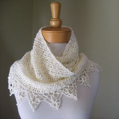 crochet shawl - free pattern, just follow the links for body and border!!  This is beginner level!