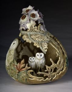 """Gourds - Gourt Art - Chatham Artists Guild - Carol Kroll """"Ode to Nature"""" - owls Decorative Gourds, Hand Painted Gourds, Wood Crafts, Diy And Crafts, Arts And Crafts, Arte Popular, Gourd Art, Owl Art, Wood Carving"""