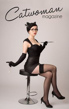 Shine Spark Cosplay as DC Bombshells Catwoman