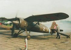 Vintage Airplanes, Ww2 Aircraft, Rc Model, Luftwaffe, Dieselpunk, Armed Forces, World War Two, Wwii, Air Force