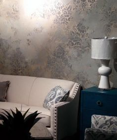 6 Stencil Projects that Really Shine with Modern Masters Metallics and Royal Design Studio Wall Stencils - DIY Home Decor Ideas Idea for Sheryl Faux Walls, Textured Walls, Damask Wall Stencils, Tree Stencil, Stenciled Floor, Tadelakt, Faux Painting, Modern Masters, Wall Finishes