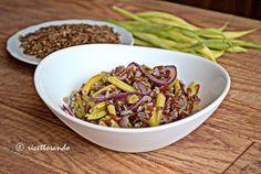 Riso rosso e tante verdure per un'insalata light #ricetta di @luisellablog